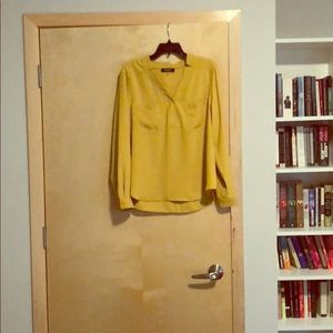 Nine West yellow blouse